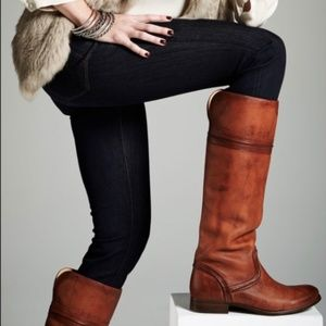 FRYE Boots Melissa Trapunto 76442 Size 6B Like New